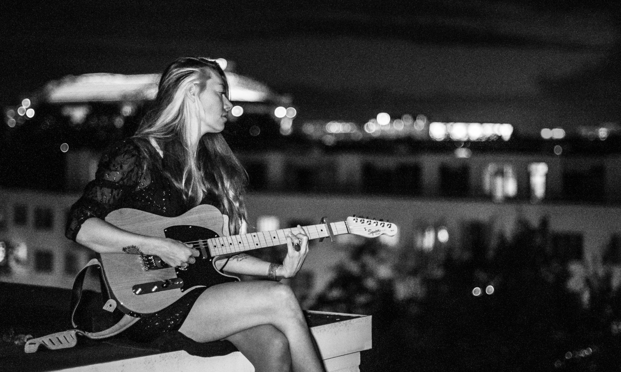 Mustang Lola - Americana Singer Songwriter from Amsterdam